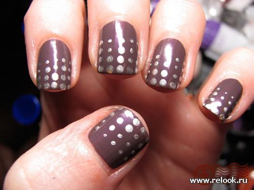 Пуантилизм или простые точки на ногтях