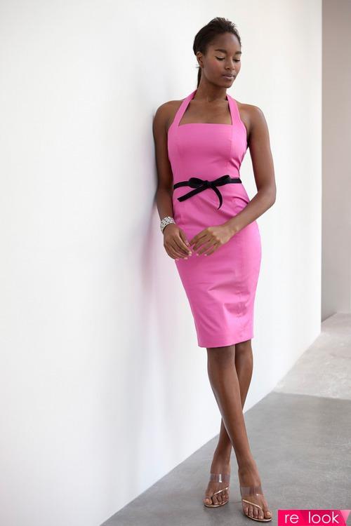 Маленькое розовое платье