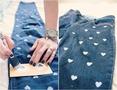 Как преобразить и украсить джинсы своими руками - тысяча. как можно сфотографироваться с подругами.