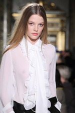 Мода осень-зима 2015-2016: блузки