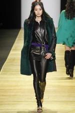 Тренд моды осени 2016: кожаные брюки