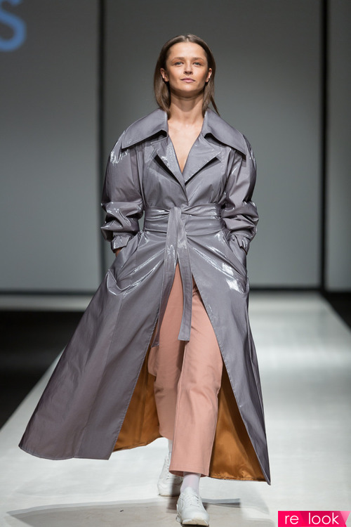 Модные плащи осени 2017