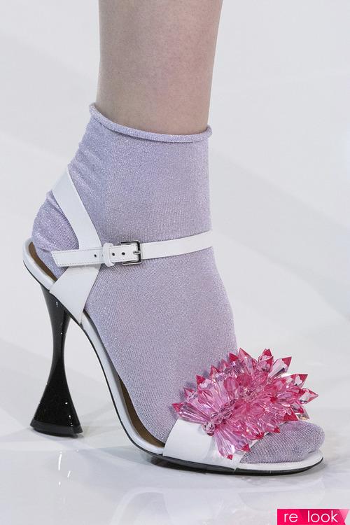 Летняя обувь 2018: надевать с носками!