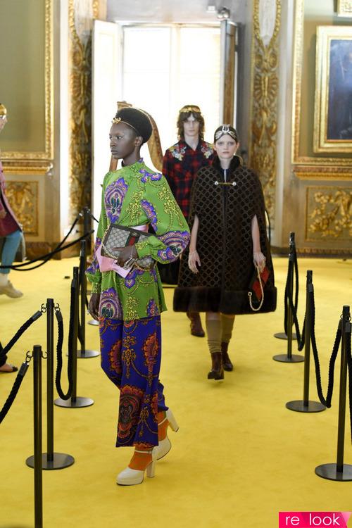 Круизная коллекция Gucci 2018: женский лукбук, платья