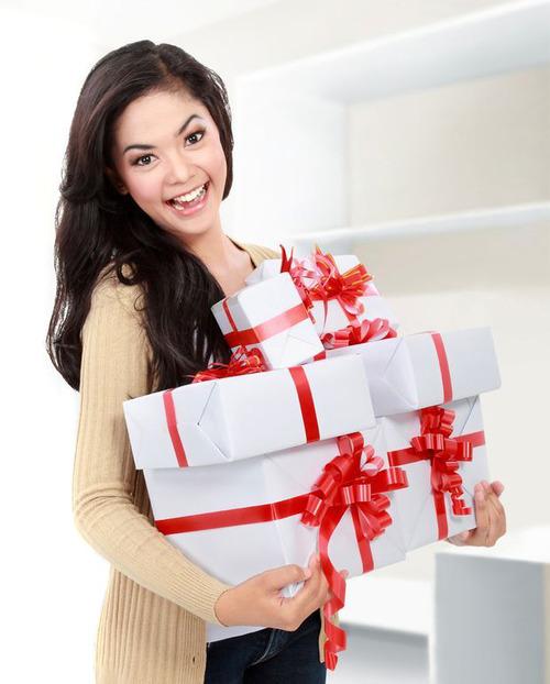 5 оригинальных подарков на выпускной