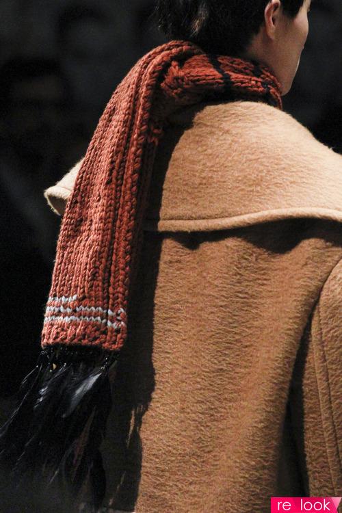 Как еще модно завязывать шарф в этом сезоне?
