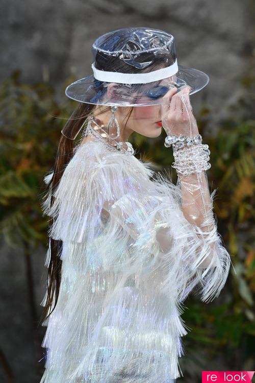 Мода 2018: пластики и лаковая эко-кожа