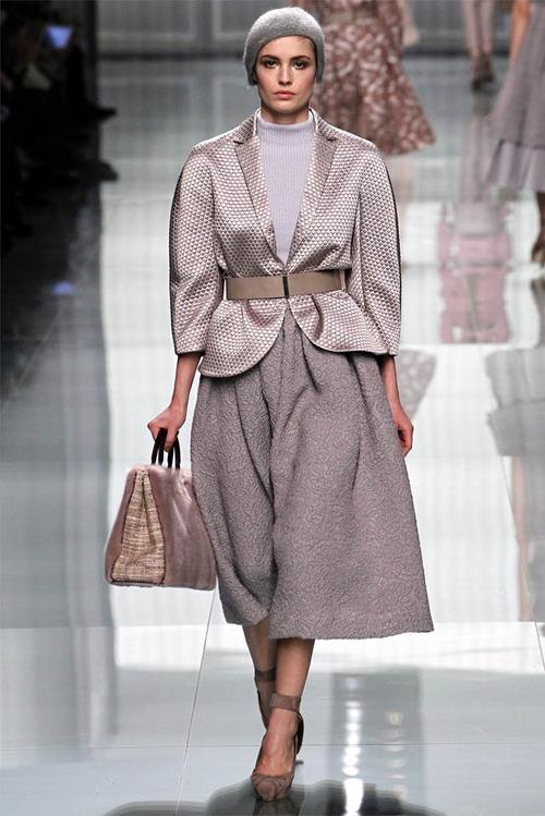 Christian Dior осень 2012: классика жанра