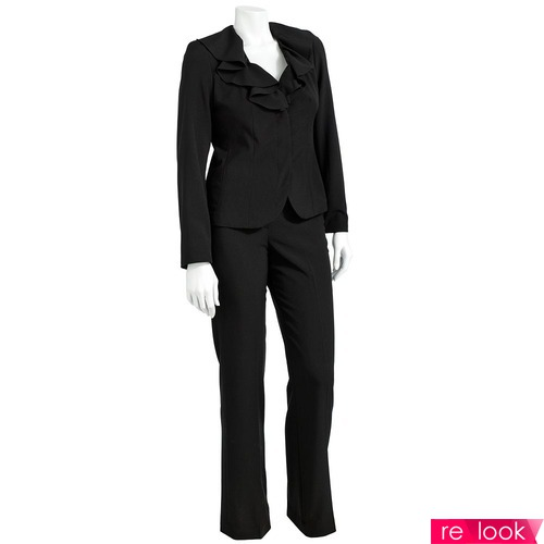 Черный костюм: Надежный товарищ или коварный соблазнитель?