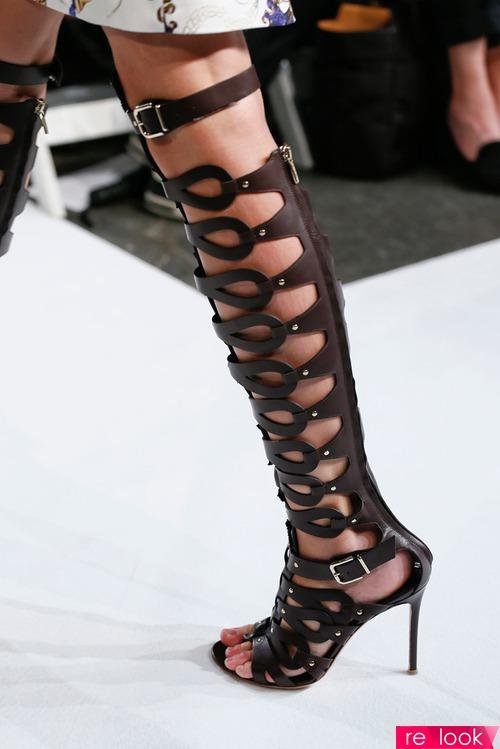 Мода лета 2013: обувь римских легионеров