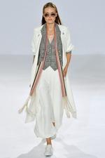 Тренд моды 2015: летнее пальто