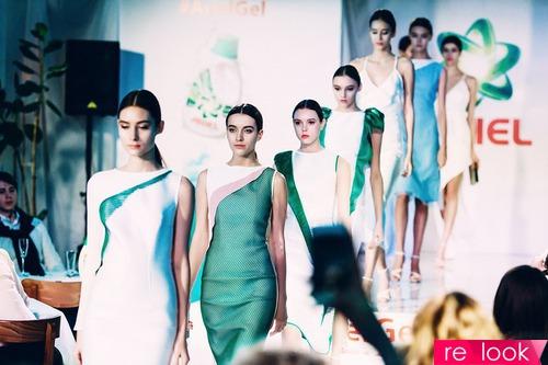 Модный показ специальной капсульной коллекции Дарьи Бардеевой для Ariel