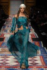 Показ Fisico SS16 в рамках Mersedes-Benz Fashion Week 2015