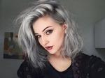 Седые волосы - тренд или небрежность?
