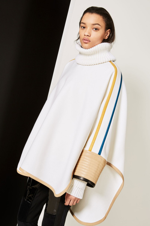 Модные свитера осень-зима 2017-2018