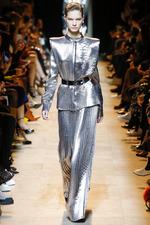 Тренд моды осени и зимы 2017-2018: серебристый металлик