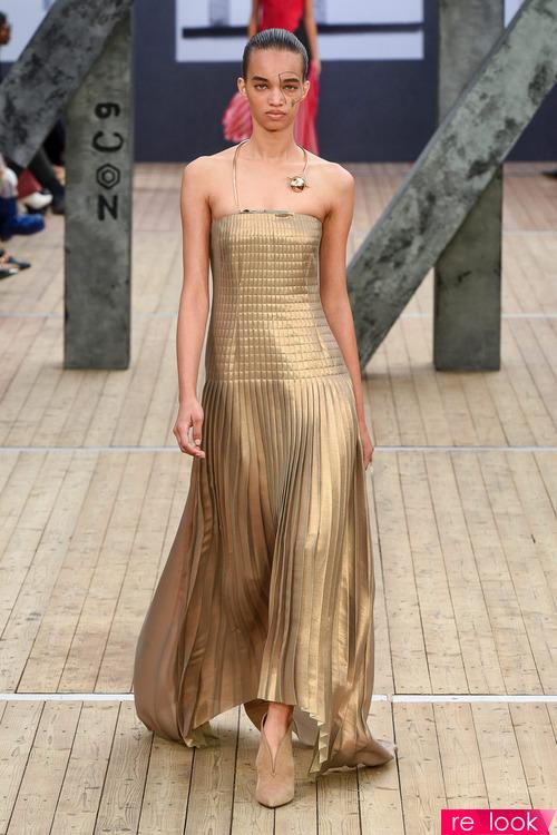 Мода – 2019: плиссированная одежда
