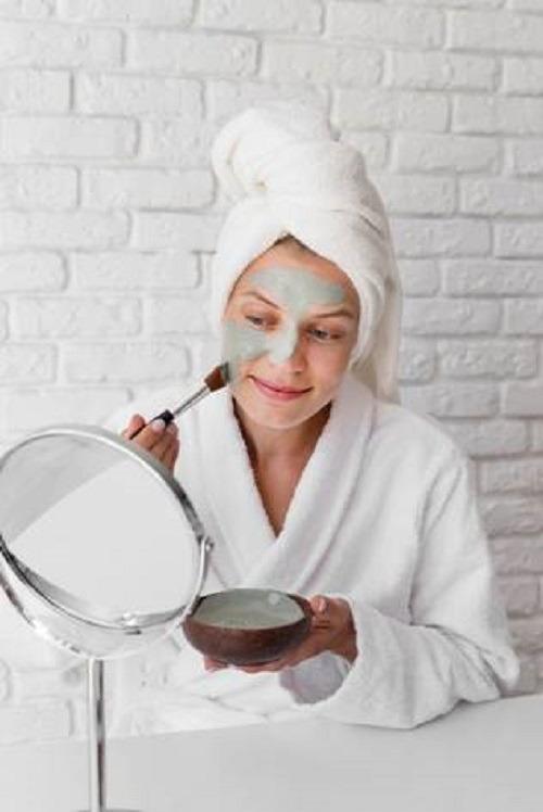 Тканевые маски или маски-пленки: что выбрать