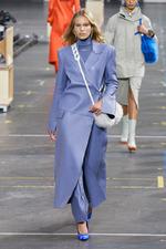 Мода осени 2021: плащи